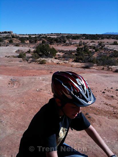 . Saturday, October 17 2009.Laura Nelson Noah Nelson , monitor and merrimac mountain bike trail. Nathaniel Nelson, mike terry, djamila grossman