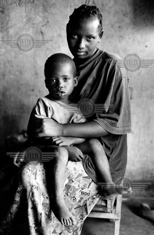 RWANDA - Woman who looks after AIDS orphans..© Giacomo Pirozzi / Panos Pictures