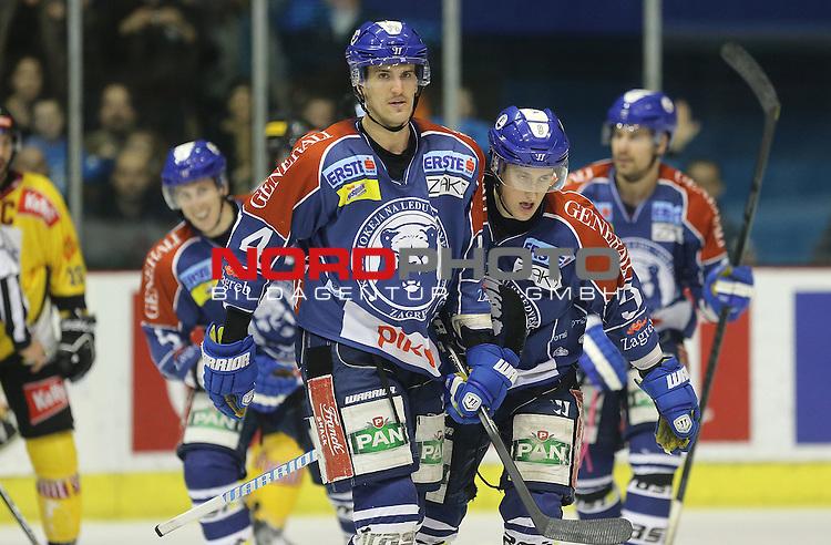 26.12.2012.,  Zagreb - EBEL liga, 34th round, KHL Medvescak - UPC Vienna Capitals. Nathan Perkovich, Brandon Buck.<br /> <br /> Foto &copy;  nph / PIXSELL / Igor Kralj