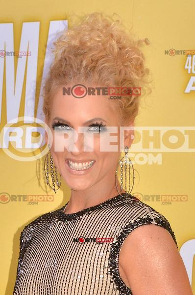 NASHVILLE, TN - NOVEMBER 1: Kimberly Schlapman on the Macy's Red Carpet at the 46th Annual CMA Awards at the Bridgestone Arena in Nashville, TN on Nov. 1, 2012. © mpi99/MediaPunch Inc. /NortePhoto .<br /> ©NortePhoto