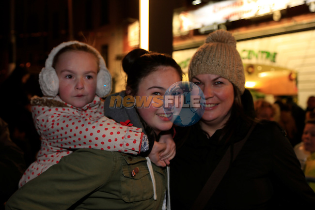 Mia, Emma Anita White at the switching on of the christmas lights<br /> Picture: Fran Caffrey www.newsfile.ie