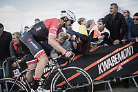 John Degenkolb (DEU/Trek-Segafredo) pushing hard for the final climb up the Paterberg<br /> <br /> 101th Ronde Van Vlaanderen 2017 (1.UWT)<br /> 1day race: Antwerp › Oudenaarde - BEL (260km)