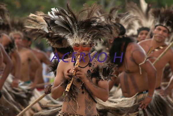 X JOGOS DOS POVOS INDÍGENAS <br /> <br /> Terena - MT do Sul.<br /> <br /> Os Jogos dos Povos Indígenas (JPI) chegam a sua décima edição. Neste ano 2009, que acontecem entre os dias 31 de outubro e 07 de novembro. A data escolhida obedece ao calendário lunar indígena. com participação  cerca de 1300 indígenas, de aproximadamente 35 etnias, vindas de todas as regiões brasileiras. <br /> Paragominas , Pará, Brasil.<br /> Foto Paulo Santos<br /> 03/11/2009