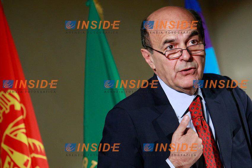 Pierlugi Bersani.Roma 08/06/2012 Incontro promosso dalla Fiom dal titolo: Il Lavoro prende la parola..Photo Samantha Zucchi Insidefoto