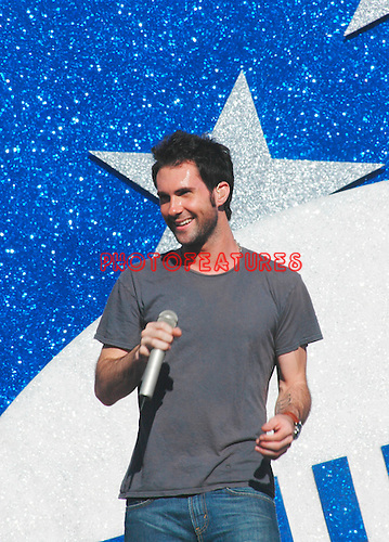Maroon 5's Adam Levine performs at the NFL Opening Kickoff 2005 at the Los Angeles Coliseum