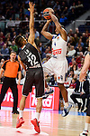 Real Madrid's Dontaye Draper and Brose Bamberg's Maodo Lo during Turkish Airlines Euroleague between Real Madrid and Brose Bamberg at Wizink Center in Madrid, Spain. December 20, 2016. (ALTERPHOTOS/BorjaB.Hojas)