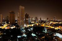 Virada de ano vista da Mundurucus em direção a 14 de abril.<br /> Belém, Pará, Brasil.<br /> Foto Paulo Santos<br /> 01/01/2014