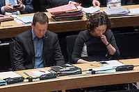 4. Plenarsitzung der 18. Wahlperiode des Berliner Abgeordnetenhaus am Donnerstag den 12. Januar 2017.<br /> Im Bild vlnr.: Klaus Lederer, stellv. Buergermeister und Senator fuer Kultur und Europa (Linkspartei); Ramona Pop, stellv. Buergermeisterin und Senatorin fuer Wirtschaft, Energie und Betriebe (B90/Gruene).<br /> 12.1.2017, Berlin<br /> Copyright: Christian-Ditsch.de<br /> [Inhaltsveraendernde Manipulation des Fotos nur nach ausdruecklicher Genehmigung des Fotografen. Vereinbarungen ueber Abtretung von Persoenlichkeitsrechten/Model Release der abgebildeten Person/Personen liegen nicht vor. NO MODEL RELEASE! Nur fuer Redaktionelle Zwecke. Don't publish without copyright Christian-Ditsch.de, Veroeffentlichung nur mit Fotografennennung, sowie gegen Honorar, MwSt. und Beleg. Konto: I N G - D i B a, IBAN DE58500105175400192269, BIC INGDDEFFXXX, Kontakt: post@christian-ditsch.de<br /> Bei der Bearbeitung der Dateiinformationen darf die Urheberkennzeichnung in den EXIF- und  IPTC-Daten nicht entfernt werden, diese sind in digitalen Medien nach §95c UrhG rechtlich geschuetzt. Der Urhebervermerk wird gemaess §13 UrhG verlangt.]
