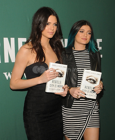New York,NY-JUNE 04: Kendall Jenner and Kylie Jenner visit Barnes & Noble Union Square In New York City on June 4, 2014. Credit: John Palmer/MediaPunch
