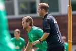 05.07.2019, Parkstadion, Zell am Ziller, AUT, TL Werder Bremen - Tag 01<br /> <br /> im Bild / picture shows <br /> <br /> <br /> Florian Kohfeldt (Trainer SV Werder Bremen)<br /> Gestik, Mimik,<br /> Einzelaktion, Halbkörper / Halbkoerper,<br /> <br /> Niclas Füllkrug / Fuellkrug (Neuzugang Werder Bremen #11)<br /> <br /> <br /> Foto © nordphoto / Kokenge