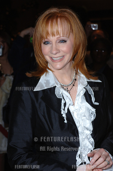 Singer/actress REBA McENTIRE at the 2005 Family TV Awards at the Beverly Hilton Hotel, Beverly Hills..November 30, 2005  Beverly Hills, CA.© 2005 Paul Smith / Featureflash