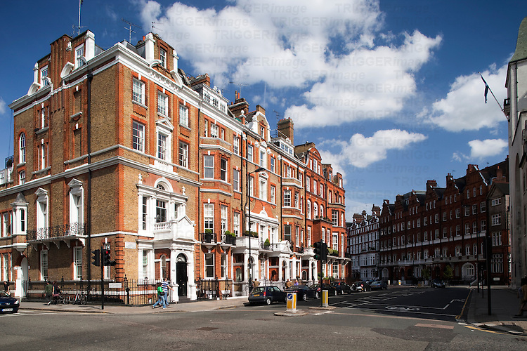 Victorian houses in red brick, Pont street, Kensington, London, England, United Kingdom