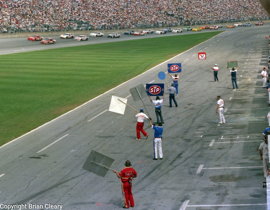 pit road pits sign board crewmen Daytona 500 at Daytona International Speedway on February 19, 1989.  (Photo by Brian Cleary/www.bcpix.xom)