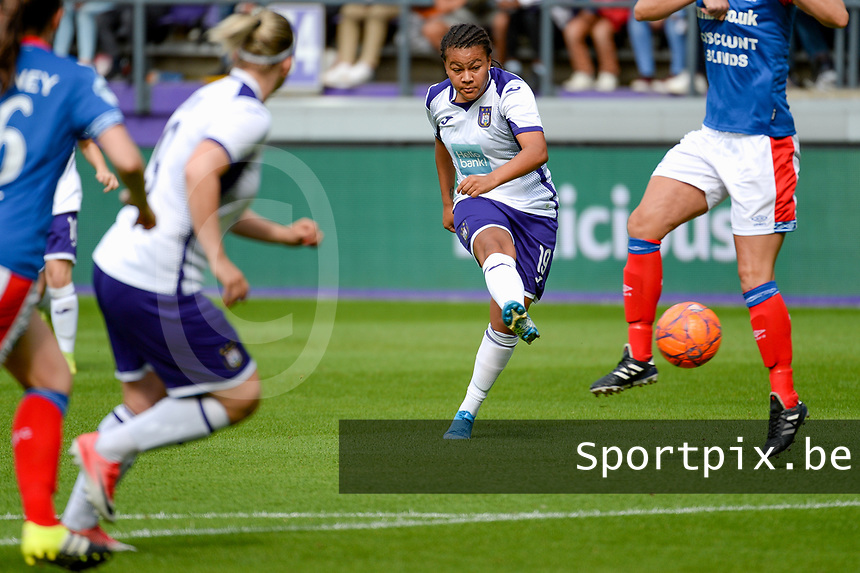 20190813 - ANDERLECHT, BELGIUM : Anderlecht's Miriam Abdulai Toloba (19) pictured during the female soccer game between the Belgian RSCA Ladies – Royal Sporting Club Anderlecht Dames and the Northern Irish Linfield ladies FC , the third and final game for both teams in the Uefa Womens Champions League Qualifying round in group 8 , Tuesday 13 th August 2019 at the Lotto Park Stadium in Anderlecht , Belgium  .  PHOTO SPORTPIX.BE | STIJN AUDOOREN