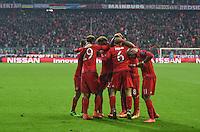 FUSSBALL CHAMPIONS LEAGUE  SAISON 2015/2016 ACHTELFINALE RUECKSPIEL FC Bayern Muenchen  - Juventus Turin      16.03.2016 Die Spieler vom FC Bayern bejubeln das Tor zum 4:2
