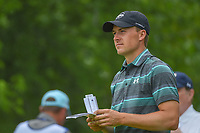 Jordan Spieth (USA) looks over his tee shot on 5 during round 3 of the AT&amp;T Byron Nelson, Trinity Forest Golf Club, at Dallas, Texas, USA. 5/19/2018.<br /> Picture: Golffile | Ken Murray<br /> <br /> <br /> All photo usage must carry mandatory copyright credit (&copy; Golffile | Ken Murray)
