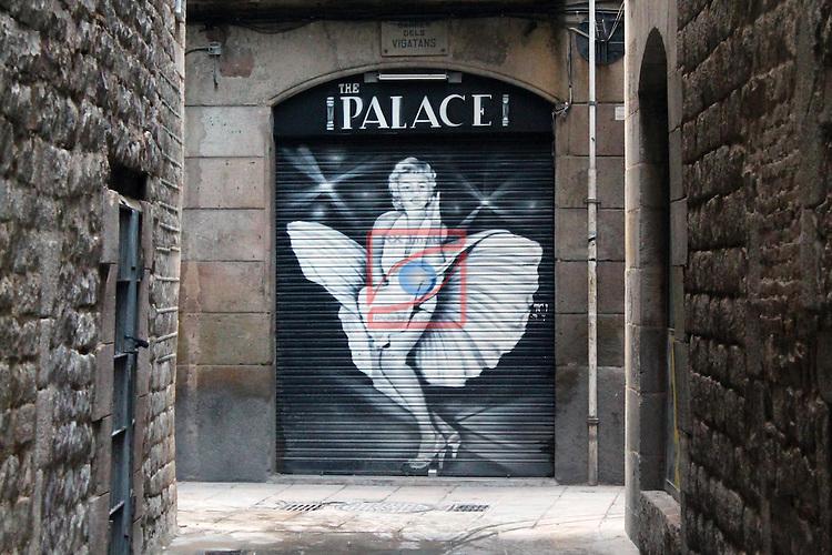 Street Art-Graffittis.<br /> Carrer del Vigatans, El Born.<br /> Sant Pere, Santa Caterina i la Ribera - Ciutat Vella.<br /> Barcelona.