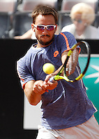 Il serbo Viktor Troicki in azione nel corso degli Internazionali d'Italia di tennis a Roma, 10 maggio 2016.<br /> Serbia's Viktor Troicki returns the ball to Japan's Kei Nishikori at the Italian Open tennis tournament, in Rome, 10 May 2016.<br /> UPDATE IMAGES PRESS/Isabella Bonotto