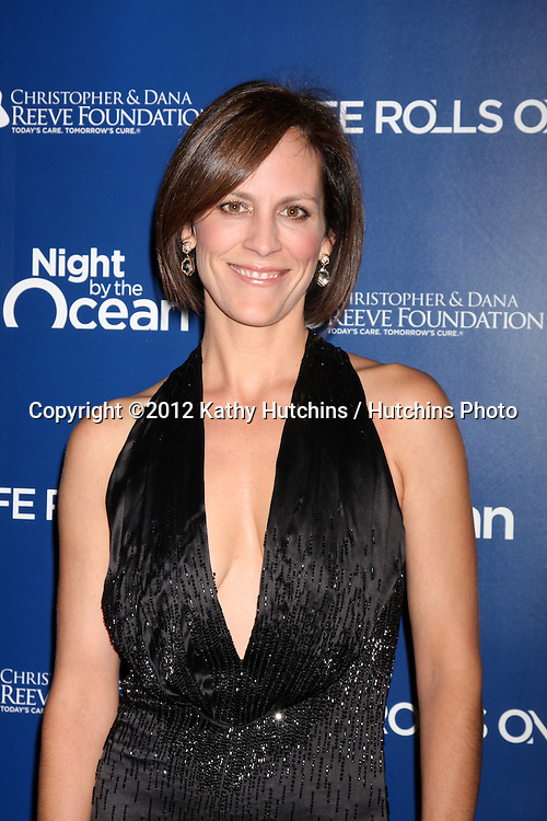 LOS ANGELES - NOV 11:  Annabeth Gish arrives at the Life Rolls On Foundation's 9th Annual Night By The Ocean at The Ritz-Carlton on November 11, 2012 in Marina del Rey, CA