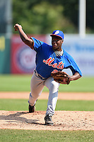 Daniel Sprinkle (25) of White Hall High School in White Hall, Arkansas playing for the New York Mets scout team during the East Coast Pro Showcase on August 2, 2014 at NBT Bank Stadium in Syracuse, New York.  (Mike Janes/Four Seam Images)