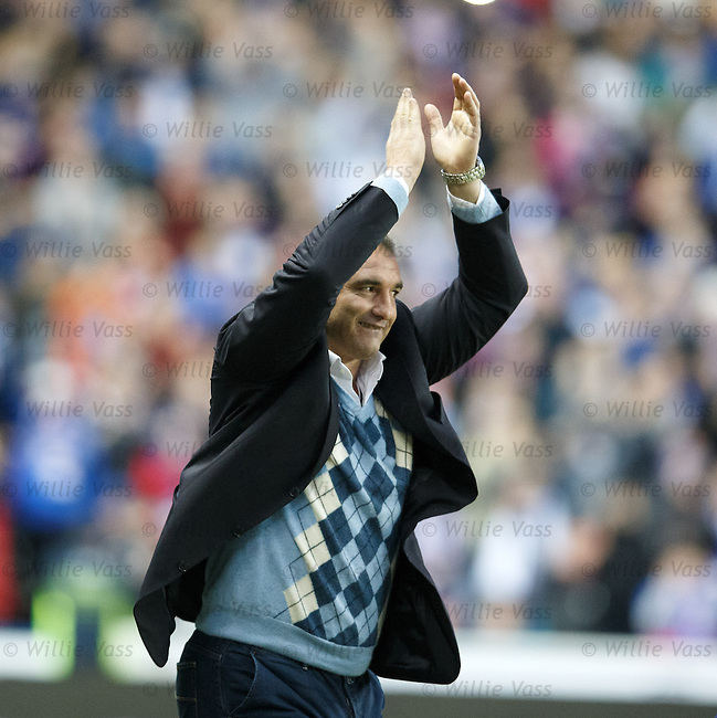 Lorenzo Amoruso arrives