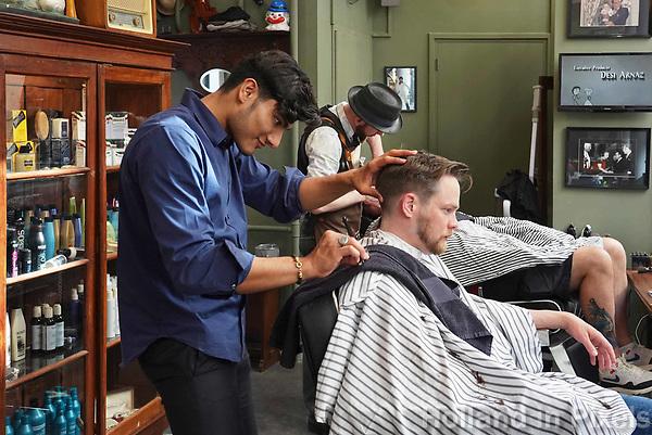 Nederland - Amsterdam -  21 april 2018.  Head Enlight District Barber & Concept Store. Barbershop voor mannen.   Foto mag niet in negatieve context worden gepubliceerd.    Foto Berlinda van Dam / Hollandse Hoogte
