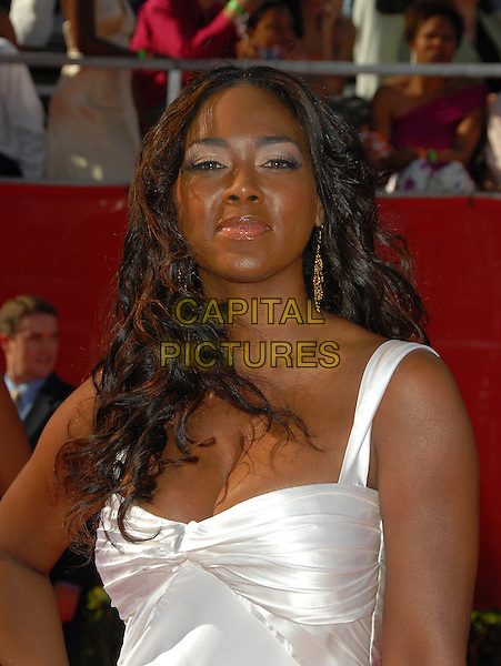 KENYA MOORE.Attends The 2006 ESPY Awards held at The Kodak Theatre in Hollywood, California, USA,.July 12th 2006.portrait headshot white dress han.Ref: DVS.www.capitalpictures.com.sales@capitalpictures.com.©Debbie VanStory/Capital Pictures