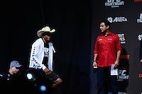 GOIÂNIA, GO, 29.05.2015 – UFC-GOIÂNIA – Alex Cowboy durante pesagem para o UFC Goiânia  no Goiânia Arena em Goiânia na tarde desta sexta-feira, 29. (Foto: Ricardo Botelho / Brazil Photo Press)