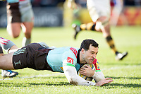 Tim Visser of Harlequins dives for the try-line. Aviva Premiership match, between Harlequins and Wasps on February 11, 2018 at the Twickenham Stoop in London, England. Photo by: Patrick Khachfe / JMP