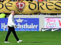 Fussball, 2. Bundesliga, Saison 2013/14, 34. Spieltag, Armina Bielefeld, Sonntag (11.05.14), Dresden, Gluecksgas Stadion. Dresdens Trainer Olaf Janssen.