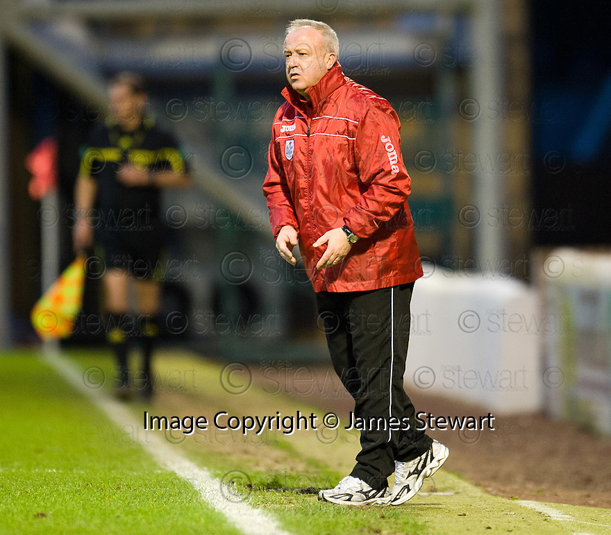 QUEEN'S PARK BOSS GARDNER SPIERS ..07/01/2012 sct_jsp016_motherwell_v_queens_park     .Copyright  Pic : James Stewart.James Stewart Photography 19 Carronlea Drive, Falkirk. FK2 8DN      Vat Reg No. 607 6932 25.Telephone      : +44 (0)1324 570291 .Mobile              : +44 (0)7721 416997.E-mail  :  jim@jspa.co.uk.If you require further information then contact Jim Stewart on any of the numbers above.........