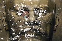 Azerbaijan. Baku Region. Baku. Dagustu Park. Vladimir Ilyich Lenin. Face and memorial. The monument was destroyed after the fall of Soviet Union. Derelict statue with old communist symbols, celebrating the 1917 revolution. © 2007 Didier Ruef