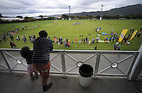 Fans watch the training session during the Hurricanes Super 15 rugby training at Hutt Recreation Ground, Lower Hutt, Wellington, New Zealand on Thursday, 24 January 2013. Photo: Dave Lintott / lintottphoto.co.nz