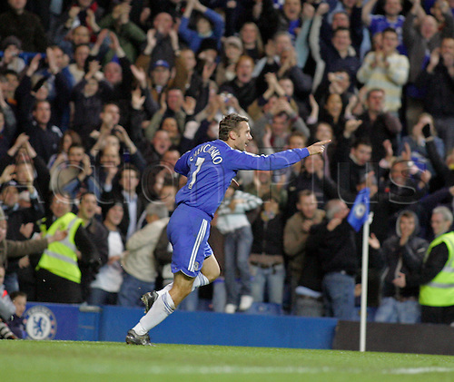 11 November 2006: Chelsea striker Andriy Shevchenko celebrates his goal during the Premiership game between Chelsea and Watford, played at Stamford Bridge. Chelsea won the match 4-0. Photo: Actionplus....061111 football soccer player joy celebration