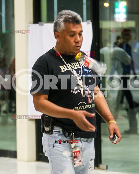 Rafael Contreras de Rock Sin Fronteras<br /> Rueda de Prensa de Jaguares en el CUM.<br />  17/06/2010<br /> ( foto: Luis Gutierrez/NortePhoto)
