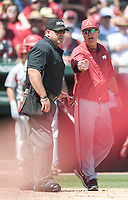 NWA Democrat-Gazette/CHARLIE KAIJO Arkansas head coach Dave van Horn disputes a call during the second game of the NCAA super regional baseball, Sunday, June 10, 2018 at Baum Stadium in Fayetteville. Arkansas fell to South Carolina 5-8.
