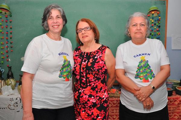 El Centro de Educación Ocupacional SIRIUS celebró la Feria Artesanal Navideña 2011, en la que se vendieron las  artesanías elaboradas por los alumnos de la institución  durante el segundo semestre de este año.