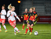 20161128 - TUBIZE ,  BELGIUM : Belgian Janice Cayman (R) and Danish Mie Leth Jans (L) pictured during the female soccer game between the Belgian Red Flames and Denmark , a friendly game before the European Championship in The Netherlands 2017  , Monday 28 th November 2016 at Stade Leburton in Tubize , Belgium. PHOTO SPORTPIX.BE | DIRK VUYLSTEKE