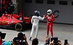 14.04.2019, Shanghai Audi International Circuit, Shanghai, 2019 FORMULA 1 HEINEKEN CHINESE GRAND PRIX<br /> im Bild<br />Valtteri Bottas (FIN#77), Mercedes-AMG Petronas Motorsport, Sebastian Vettel (GER#5), Scuderia Ferrari<br /> <br /><br /> <br /> Foto &copy; nordphoto / Bratic