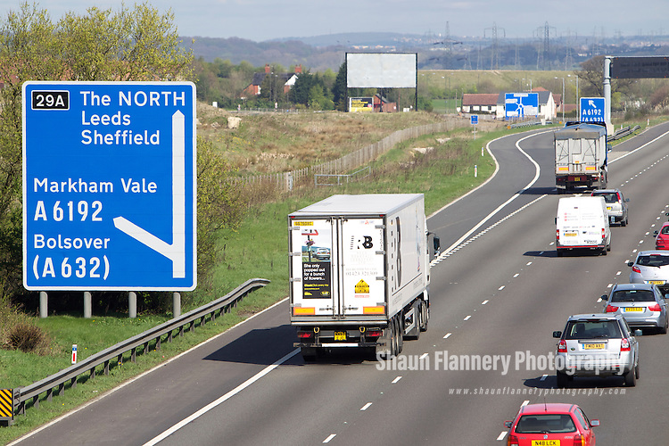 Pix: Shaun Flannery/shaunflanneryphotography.com...COPYRIGHT PICTURE>>SHAUN FLANNERY>01302-570814>>07778315553>>..7th April 2011.............Henry Boot Developments..The M1 motorway, Derbyshire..Junction 29A Markham Vale.