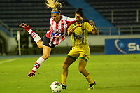 BARANQUILLA-COLOMBIA, 04-08-2019: Camilla Gallea de Atlético Junior y Lisol Castillo de Atlético Bucaramanga disputan el balón, durante partido entre Atlético Junior y Atlético Bucaramanga de la fecha 4 por la Liga Femenina Águila 2019  jugado en el estadio Metropolitano Roberto Meléndez de la ciudad de Barranquilla, / Camilla Gallea of Atlético Junior and Lisol Castillo of Independiente Santa Fe figth for the ball, during a match between Atletico Junior and Atletico Bucaramanga of the 4th date for the 2019 Women's Aguila League played at the Metropolitanao Roberto Melendez in Barranquilla city. / Photo: VizzorImage / Alfonso Cervantes / Cont.
