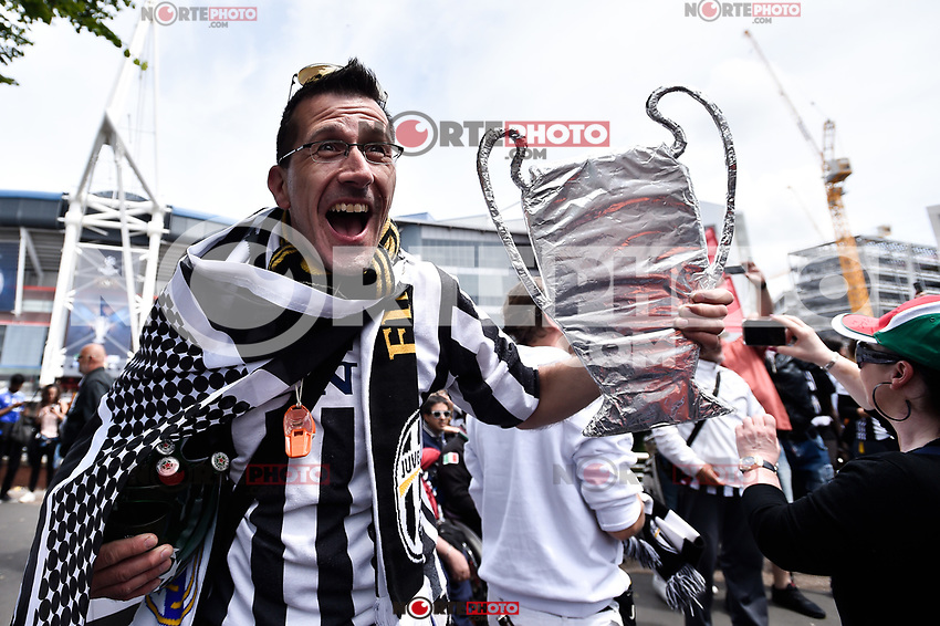 Juventus supporters outside the Millenium Stadium ahead  the UEFA Champions League Final match between Real Madrid and Juventus at National Stadium of Wales, Cardiff, Wales on 3 June 2017. (**Photo by <br /> Giuseppe Maffia/UK Sports Pics Ltd/Alterphotos/NortePhoto.com)