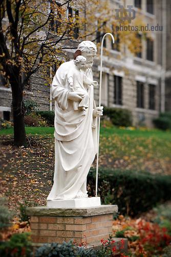 Nov. 14, 2011; St. Joseph statue outside Columba Hall..Photo by Matt Cashore/University of Notre Dame