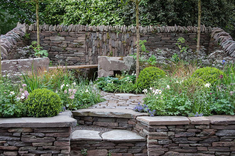 The Un Garreg (One Stone) Garden, designed by Harry and David Rich, Artisan Garden Gold medal winner, RHS Chelsea Flower Show 2013.