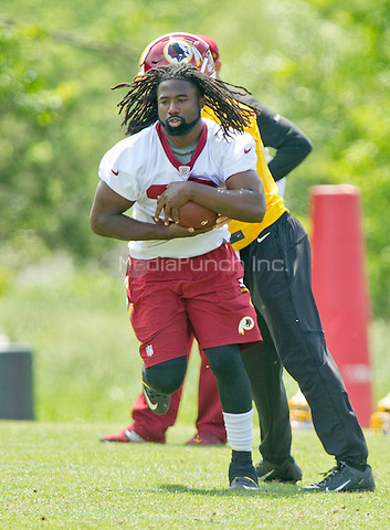 Washington Redskins running back Keith Marshall (39), who was the second player selected selected by the team in the seventh round of the 2016 NFL Draft, participates in an organized team activity (OTA) at Redskins Park in Ashburn, Virginia on Wednesday, May 25, 2015.<br /> Credit: Ron Sachs / CNP/MediaPunch ***FOR EDITORIAL USE ONLY***