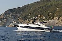- yacht in navigation along the coast of Elba island....- yacht in navigazione lungo la costa dell'isola d'Elba