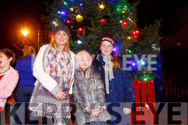 Enjoying  the Listowel Xmas lights on Sunday were Nuala O'Neill, Caroline O'Neil and Amy Harrington