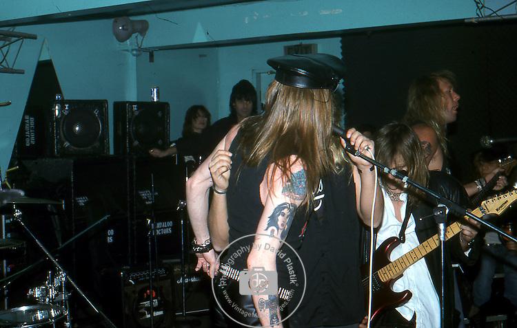 Guns-N-Roses-177.jpg