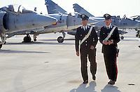 - US navy air force base of Sigonella (Sicily), italian Carabinieri in security service<br /> <br /> - base aerea della marina USA a Sigonella (Sicilia), Carabinieri italiani in servizio di sicurezza.