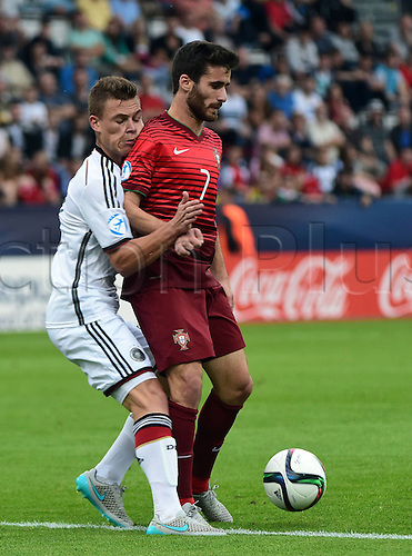 27.06.2015. Andruv Stadium, Olomouc, Czech Republic. U21 European championships, semi-final. Portugal versus Germany.  Joshua Kimmich (Germany), Rafa Silva (Portugal)